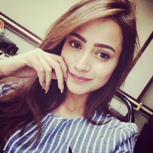 Ariana_Jo